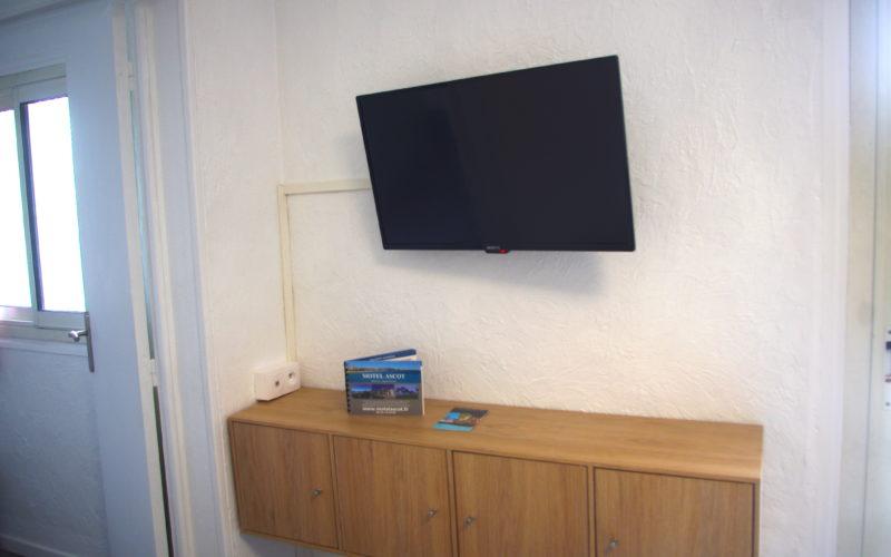Studio Standard avec vue mer ou jardin fleuri- Hotel Cagnes